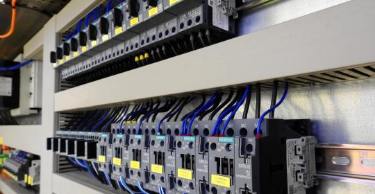 control-cabinet-2147370.jpg